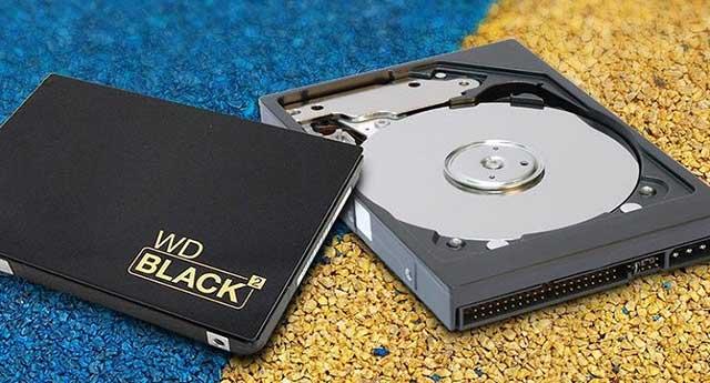 أسطوانات التخزين الصلبة (SSD)