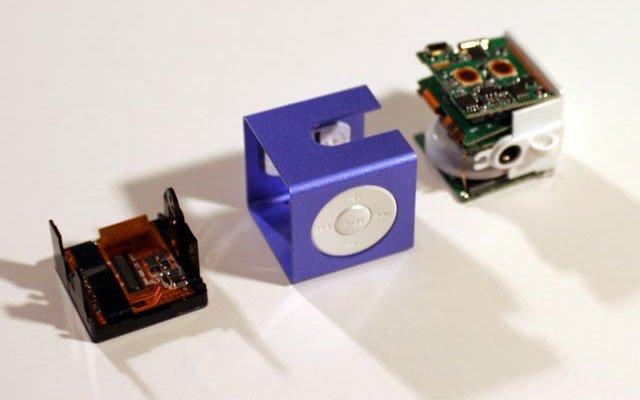 أصغر مسجل وراديو في العالم