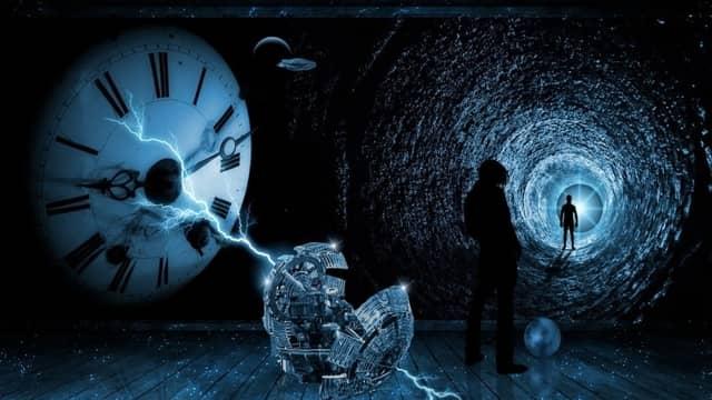 ميكانيكا الكم والعودة إلى المستقبل