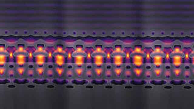 علماء يبتكرون مسرع جسيمات صغير جدًا يدمج في رقاقة إلكترونية