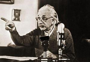 النيوترينو ليس أسرع من الضوء ونظرية أينشتاين الفيزيائية ليست خطأ