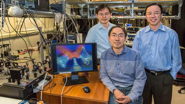 باحثون يخترعون طبقة رقيقة للغاية تحجب الجسم عن الموجات الضوئية